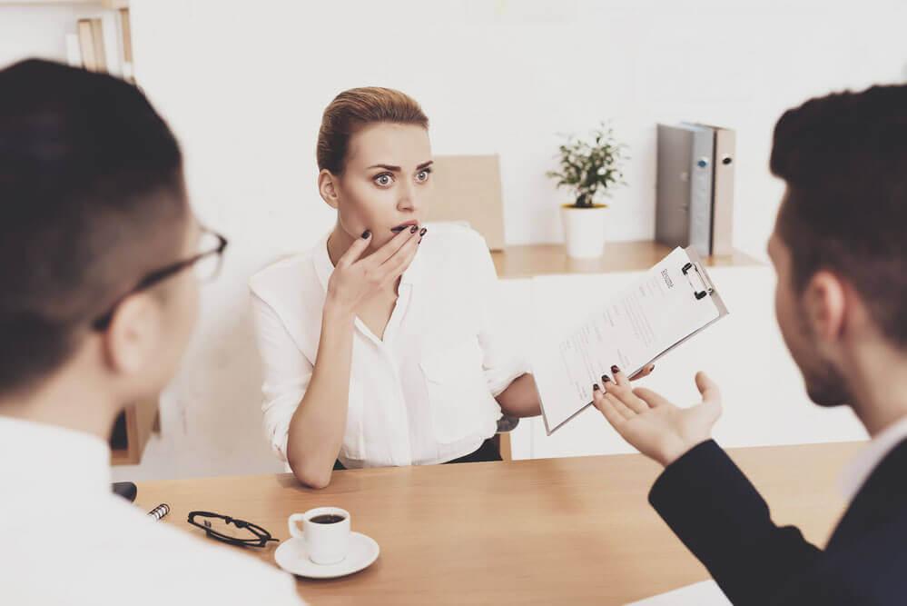 Entrevista de Emprego - Tópicos Prejudiciais
